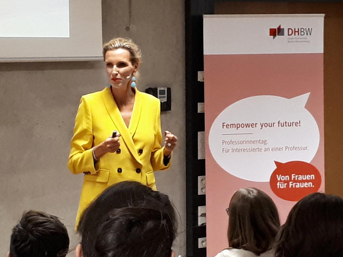 20191025-News-Bild-Frauen-Macht-Spitze-DHBW-Mannheim-web